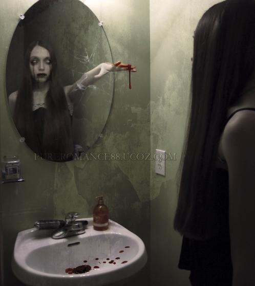 """Создание жуткой композиция """"Зеркало"""" *"""